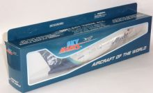 Boeing 737-700 Alaska Airlines Cargo Skymarks Collectors Model Scale 1:130 E